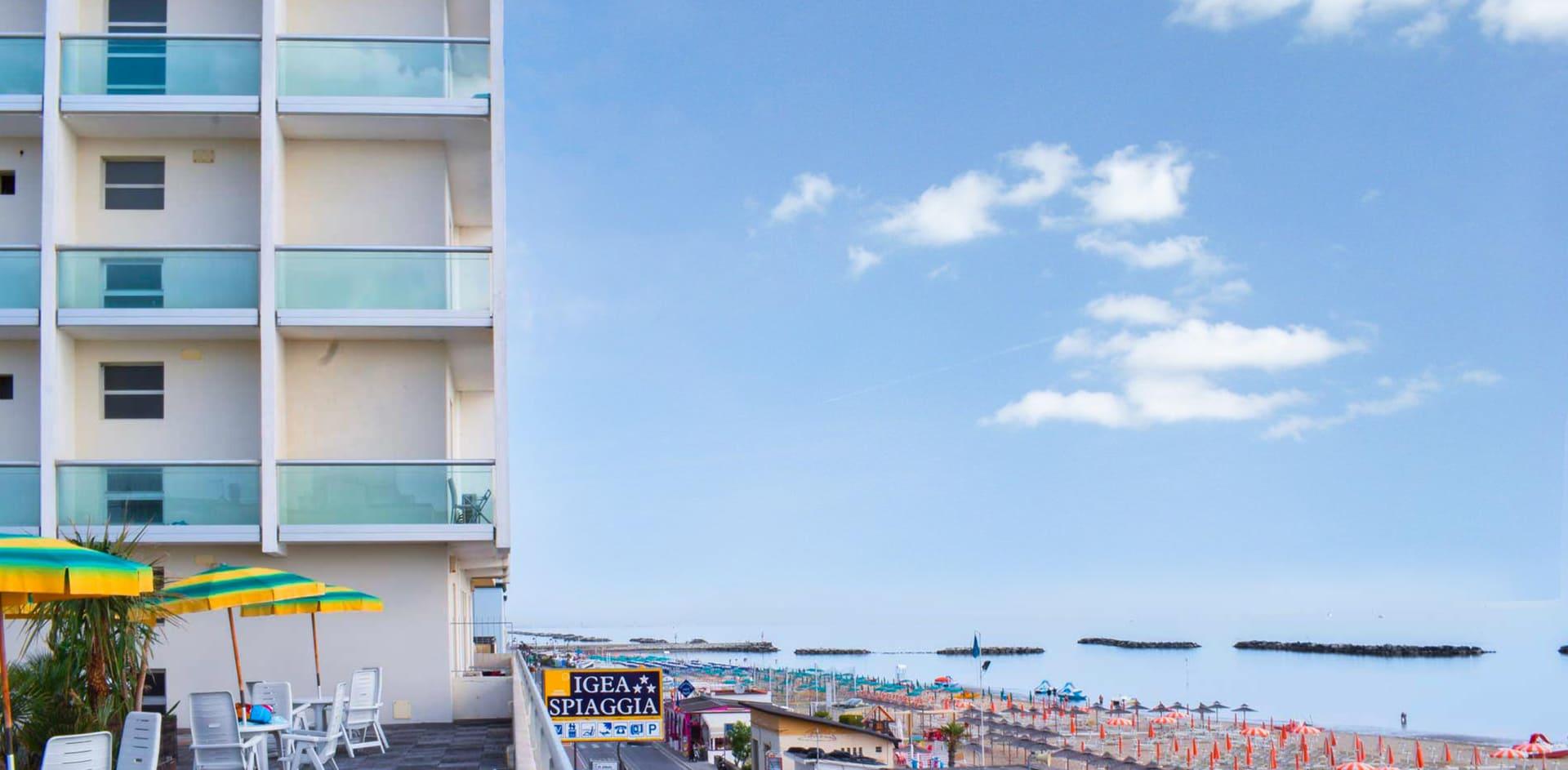 terrazzo mare hotel panoramico in Riviera Romagnola